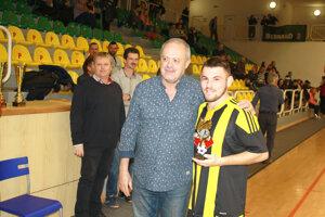 Najlepší hráč: Milan Dobiáš (Želiezovce).