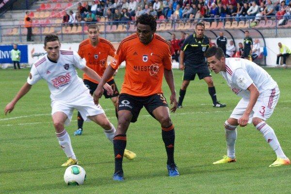 V 5. kole Corgoň ligy futbalisti MFK Ružomberok zdolali Spartak Trnava 3:2.