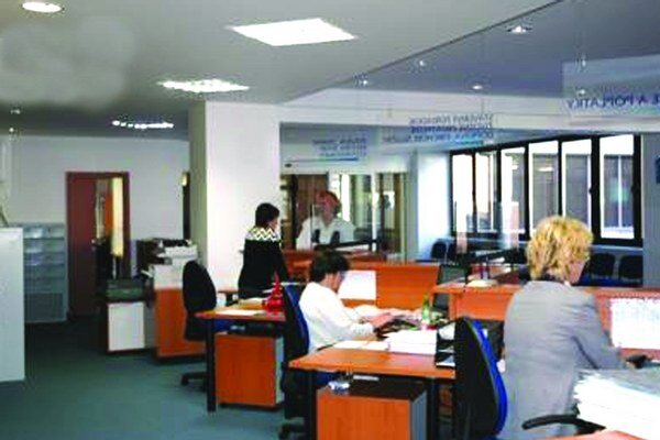 Elektronizácia by mala obyvateľom miest ušetriť čas pri vybavovaní úradnej agendy.