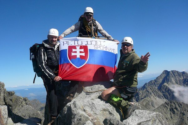Na fotografii zľava: Štefan Pudiš, Ján Peťo a Peter Kučera.