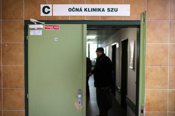Očná klinika v Nemocnici Cyrila a Metoda v bratislavskej Petržalke.