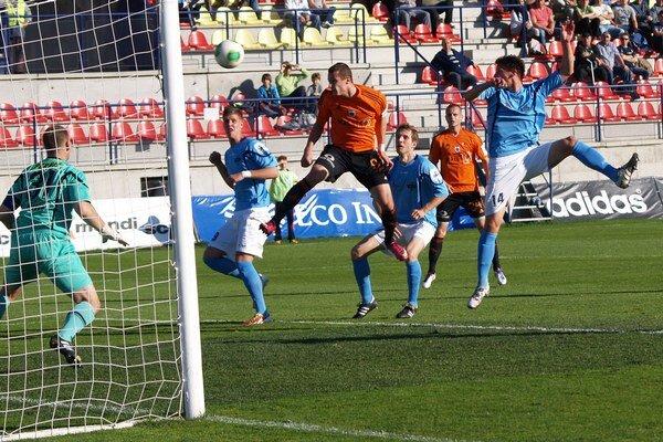 Futbalisti MFK Ružomberok zdolali FC Nitra 4:0.