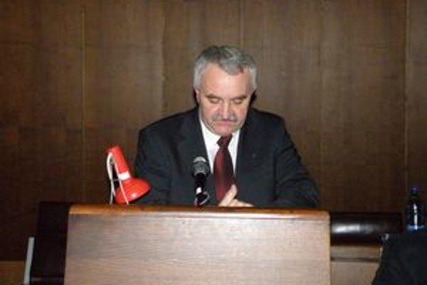 J8n Panák je novým predsedom ObFZ Pov. Bystrica.