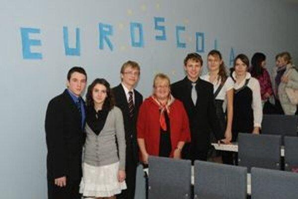 Gymnazisti besedovali s bývalou europoslankyňou Zitou Pleštinskou.
