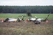 Stroj sa zrútil na poli pri meste Prädikow.