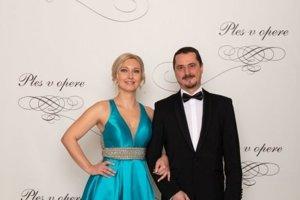 Jozef Köppl, zástupca prednostu Detská klinika anestéziológie a intenzívnej medicíny s manželkou Blankou Köpplovou