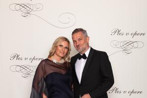 Martin Žúži, hudobník, člen kapely Hex s manželkou Uršulou Žúži
