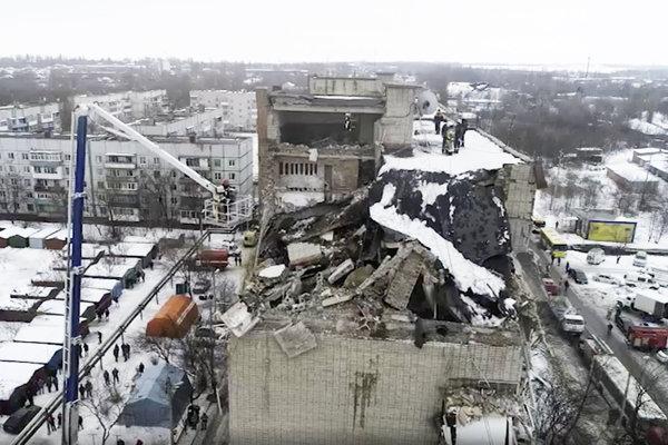 Zničený panelák v ruskom meste Šachty.