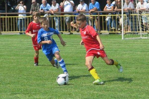 Posledný víkend školského roka privíta futbalový klub MFK Tatran Liptovský Mikuláš mladých futbalistov zo Slovenska, Česka, Poľska, Ukrajiny, Chorvátska, Slovinska a Španielska.
