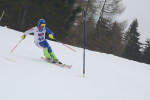 Jozef Dibdiak vyhral v Slovinsku slalom a k tomu pridal ešte dva bronzy.