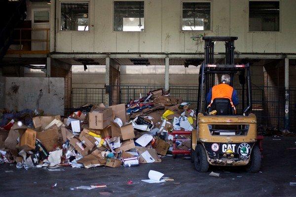 Vďaka triediacím linkám, ktorých výstavba čoskoro začne, môže dôjsť k poklesu odpadu určeného na skládkovanie na  polovicu.