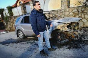 Starosta Marianky Dušan Statelov. Auto mu zapálili ešte pred dvomi rokmi.