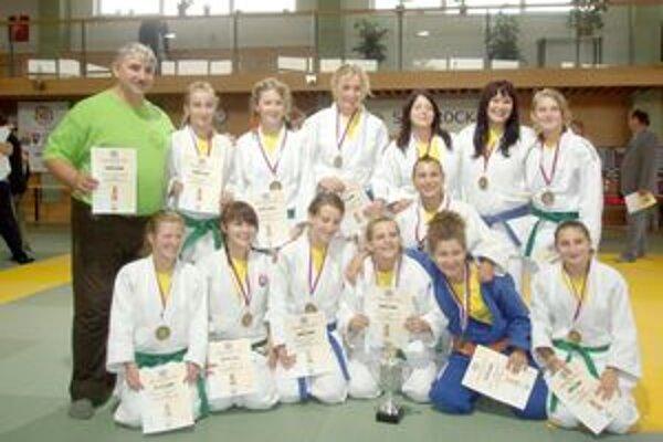 Dubnické juniorky získali titul majsteriek Slovenska.