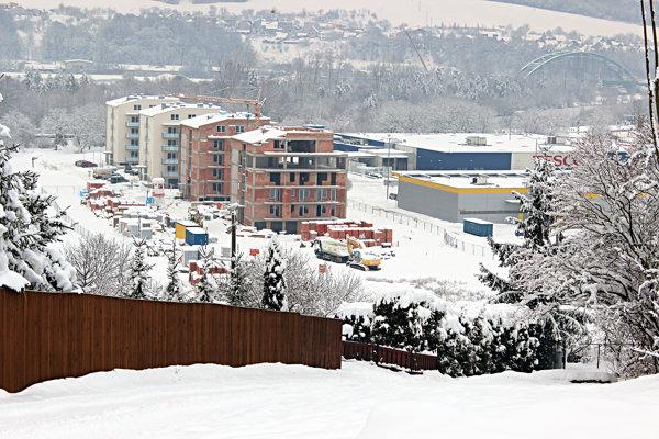 Nová ulica v Púchove, ktorá nemá názov.