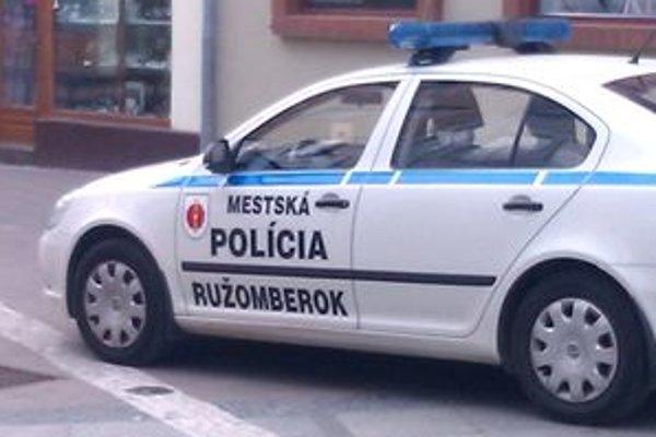 Ružomberskí mestskí policajti okrem zásahov v uliciach majú kvalifikáciu aj na zásahy pri záchrane topiaceho sa človeka.