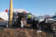 Takto skončilo auto pri nehode.