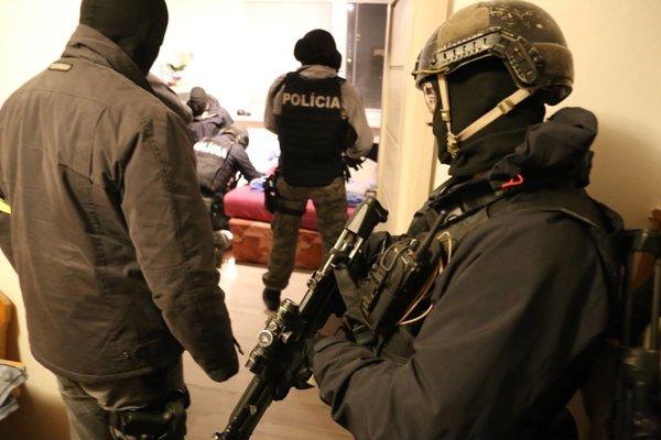 Zásah polície.