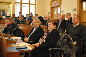 Na stretnutie prišlo mnoho ľudí, ktorých zaujíma problematika kraja.