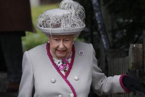 Britská kráľovná Alžbeta.