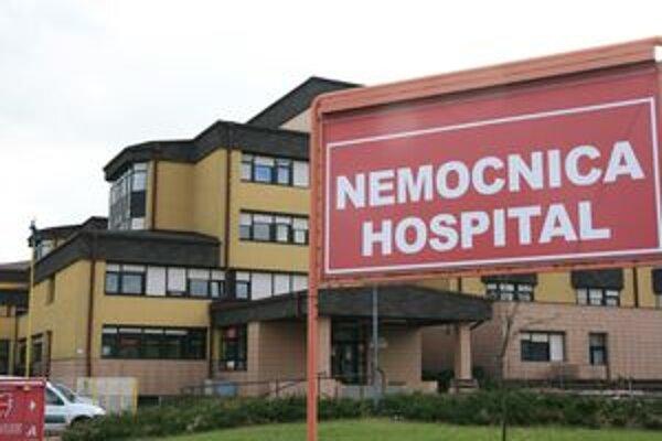 Z nemocnice v Liptovskom Mikuláši by malo odísť 52 lekárov. Najviac, až desať, podalo výpoveď z oddelenia odboru anesteziológie a intenzívnej medicíny.