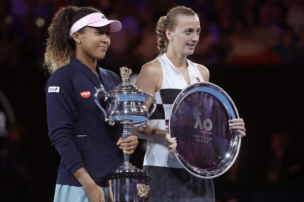 Naomi Osaková (vľavo) a Petra Kvitová.