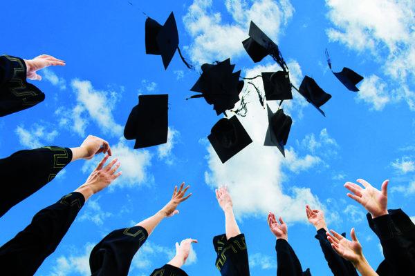 Čo hovoria na svoje vysokoškolské roky čerství absolventi?