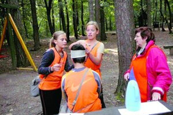 Súčasťou súťaže bolo aj preukázanie znalostí zo zdravotnej prípravy.