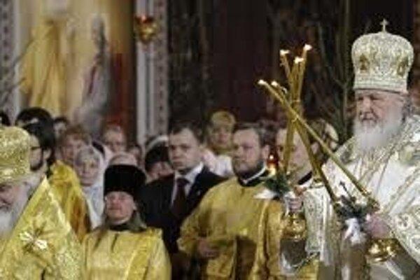 Pravoslávni veriaci slávia Vianoce na sviatok Troch kráľov.