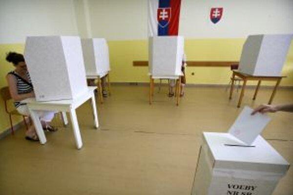 Predčasné parlamentné voľby budú už zajtra.
