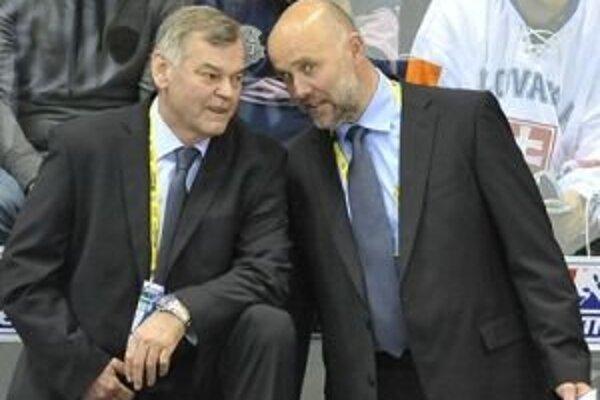 Asistentom Vladimíra Vůjteka je Jerguš Bača (vpravo).