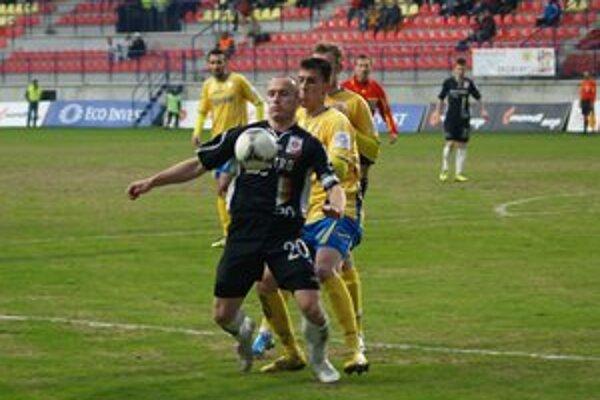 Futbalisti MFK Ružomberok vo svojej pätnástej sezóne medzi elitou skončili na 6. mieste o jednu priečku vyššie ako vlani.