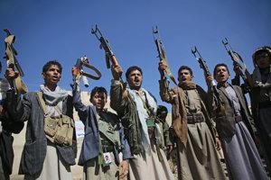 V jemenskom vojnovom chaose sa strácajú aj zbrane.