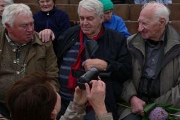 Jozef Chrobák (vpravo) a Peter Jaroš (v strede).
