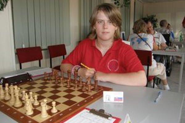 Nikola Konkoľová dostal ústnu pozvánku na 10-dňový šachový turnaj do Ruska.