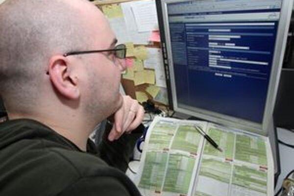Ružomberská radnica monitoruje, aké internetové stránky úradníci navštevujú.