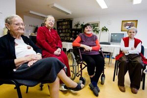 Jednou zo štyroch cieľových skupín, na ktoré je zameraný Komunitný plán sociálnych služieb mesta, sú dôchodcovia.