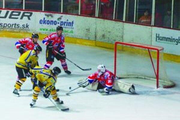 V klasickom play-off zápase sa hral na obidvoch stranách veľmi dobrý hokej.