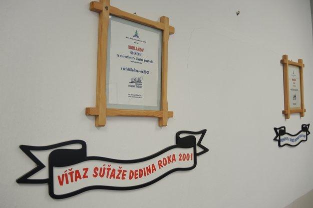V roku 2001 vyhral Soblahov súťaž Dedina roka za starostlivosť o životné prostredie.