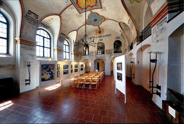 Interiér Zadnej synagógy