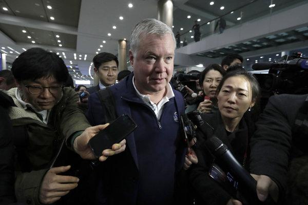 Americký osobitný vyslanec pre Severnú Kóreu Stephen Biegun na letisku v juhokórejskom Inčeone.