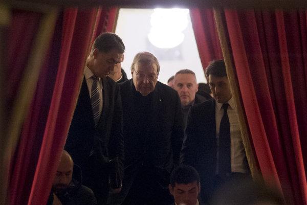 Kardinál George Pell o zneužívaní v austrálskej farnosti vedel.