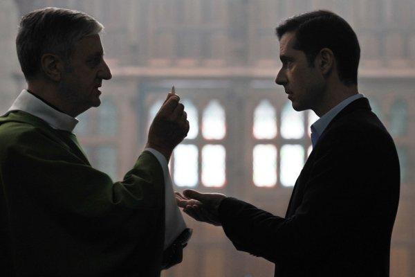 Z filmu Françoisa Ozona Grace a Dieu. Vďaka Bohu.