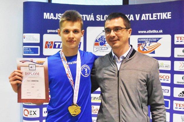 Patrikovi Dömötörovi k titulu blahoželal aj prezident Slovenského atletického zväzu Peter Korčok.