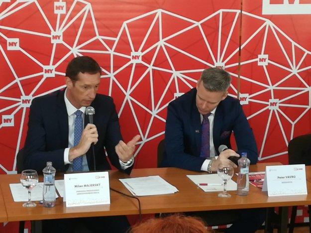 Župan Milan Majerský (vľavo) a Peter Vavro.