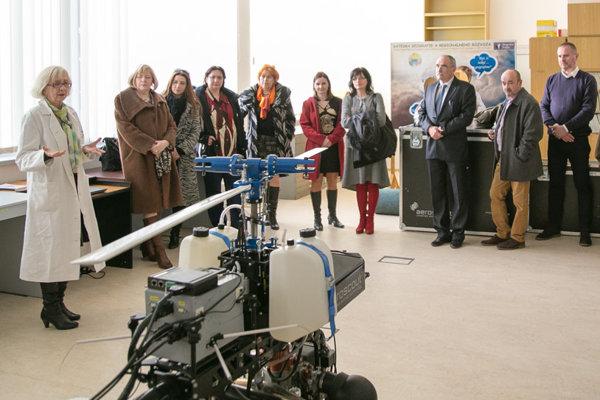 Prvým krokom k rozvoju načrtnutej spolupráce bolo stretnutie riaditeliek a riaditeľov prešovských základných škôl s vedením univerzity.