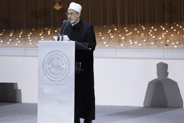 Veľký imám egyptskej mešity al-Azhar Ahmad Muhammad Tajjib.