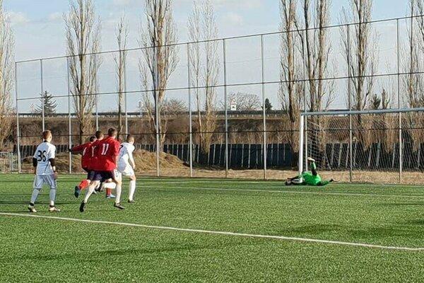 Medzev zdolal mladíkov FC Košice a bude súperom Krompách v semifinále.