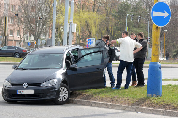 Policajti išli v čase nehody práve okolo.