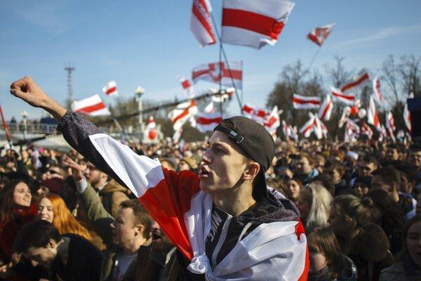Protest proti bieloruskej vláde v Minsku.