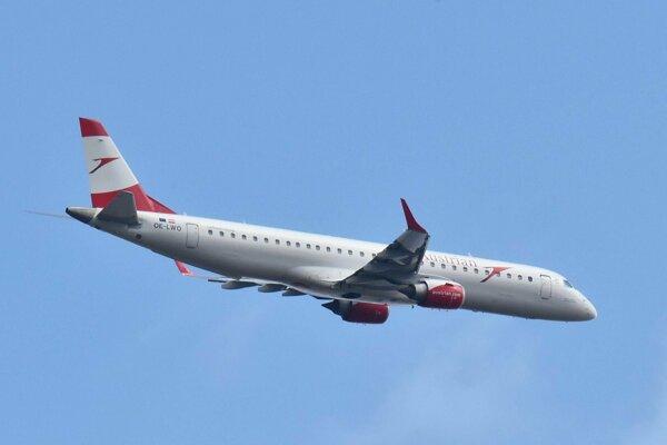 Na snímke je lietadlo s rakúskou poznávacou značkou OE-LWO, ktoré bolo v júli 2012 dodané leteckej spoločnosti Lufthansa a v roku 2017 ho prevzala spoločnosť Austrian. Lietadlo má kabínu v jednotriednej konfigurácii so 120 sedadlami. V utorok v Košiciach trénovalo pristátia a vzlety.